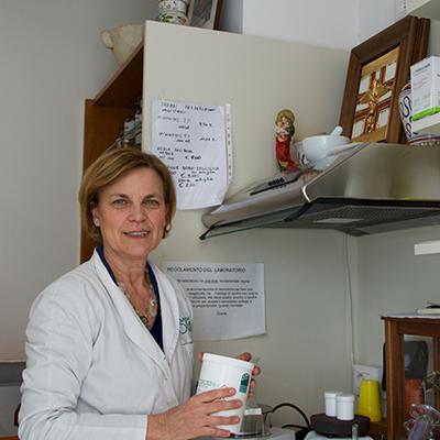 Laboratorio Galenico_Farmacia_Lostia_Quartu_Sant'Elena